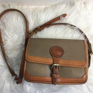 Vintage Dooney & Bourke crossbody bag